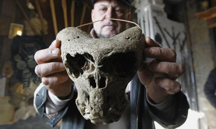 Ученые нашли черепа неизвестных существ