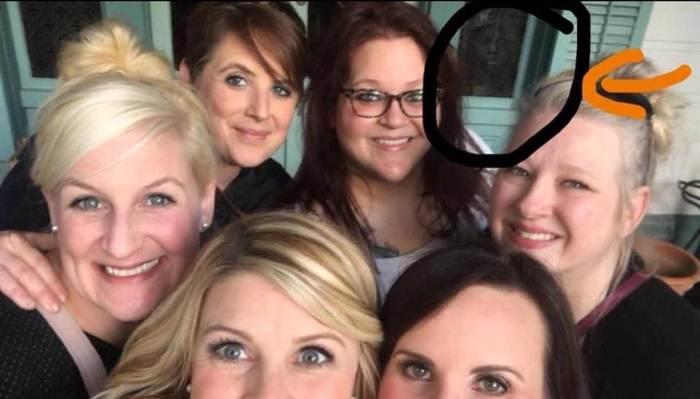 фото девушек групповое