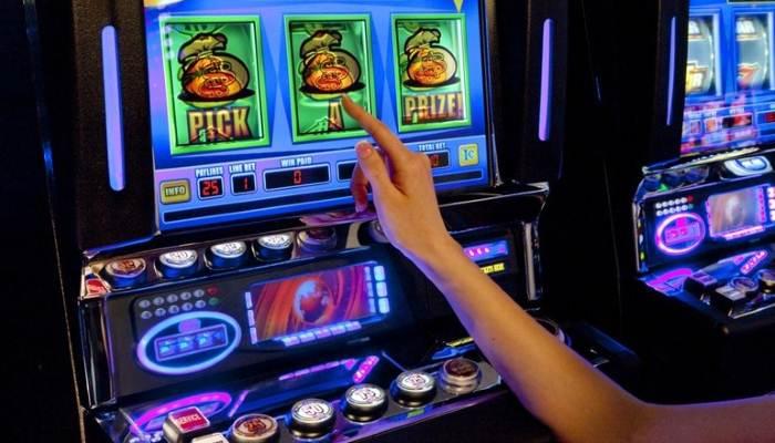 бездепозитный бонус казино при регистрации 2018