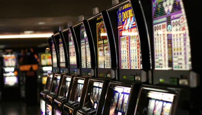 Когда в москве закроют игровые автоматы обои на рабочий стол игровые автоматы